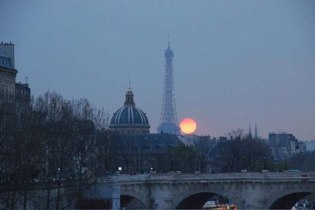 Coucher de soleil sur Seine, Tour Eiffel, Académie Française